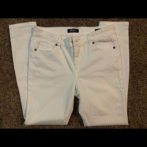 White Jeans Size 6/28